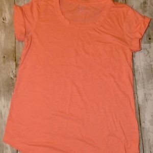 Vibrant a.n.a pocket tee Roll Sleeve Size Small